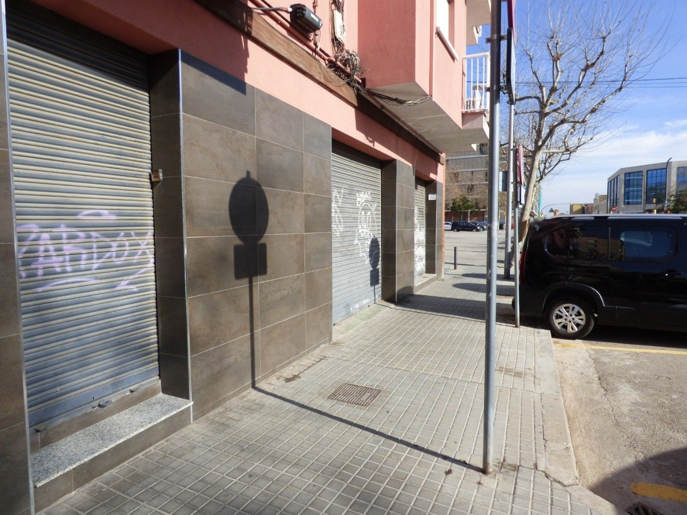 Rent Business premise  Carrer cobalt. Local en buen estado
