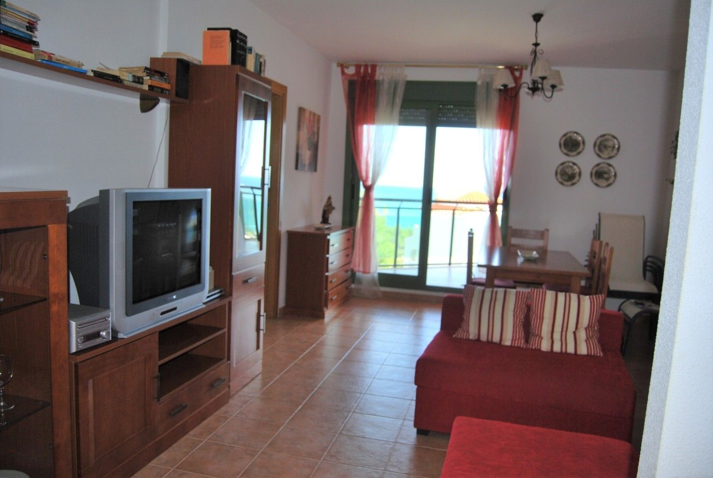 Appartement in Regne unit, 142. Muy tranquilo y natural