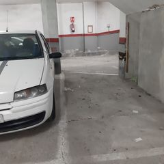 Parking coche en Carrer maria fortuny, 12. Facil acceso
