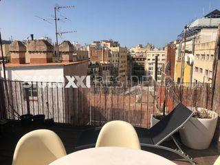 Location Attique dans Dreta de l´Eixample. Fantástico ático con terraza en barcelona
