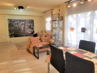 Semi detached house  Carrer cal biel. Oportunidad