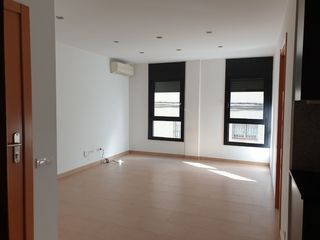Location Appartement  Carrer magnet. Oportunidad