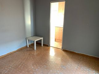 Rent Penthouse in Vinyets-Molí Vell. Atico con terraza