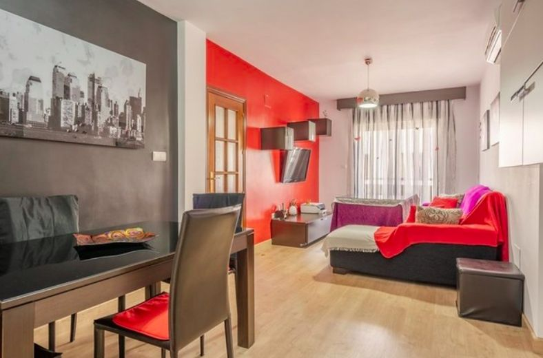 Rent Flat in Font Verda. Estupendo !