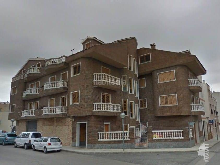 Flat en Amposta. Tercero con 3 habitaciones, ascensor y terraza