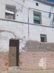 Semi detached house en Alcarràs. Casa adosada con 6 habitaciones