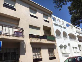 Pis en Piverd-Vila-Seca-Bruguerol. Piso con 4 habitaciones, calefacción y terraza