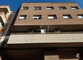 Etagenwohnung en La Bordeta. Primero con 3 habitaciones y aire acondicionado