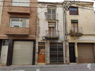 Semi detached house in Riudoms. Casa adosada con 3 habitaciones
