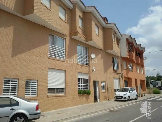 Flat in Vall d´Alba. Piso con parking