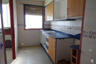 Etagenwohnung en Amposta. Cuarto con 3 habitaciones
