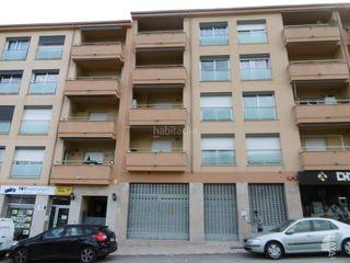 Appartamento en Nucli Urbà. Primero con 3 habitaciones, ascensor y aire acondicionado