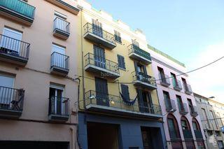 Flat en Carretera de Roses-Fossos. Segundo con 3 habitaciones y ascensor