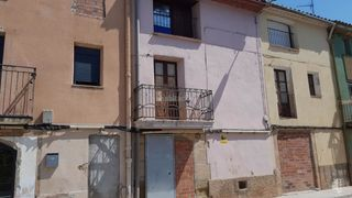 Semi detached house in Puigverd de Lleida. Casa adosada con 3 habitaciones