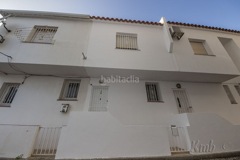 Fachada. House in carrer cala fonda (de la) in Santa Margarida-Salatar Roses