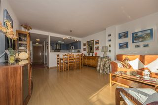 Apartment in Avinguda Port Joan (del), 2