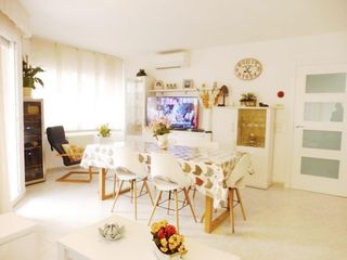Apartment  Carrer general prim. Apartamento centro de cambrils!!