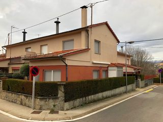Semi detached house in Volca santa margarita, 10. Casa cantonera