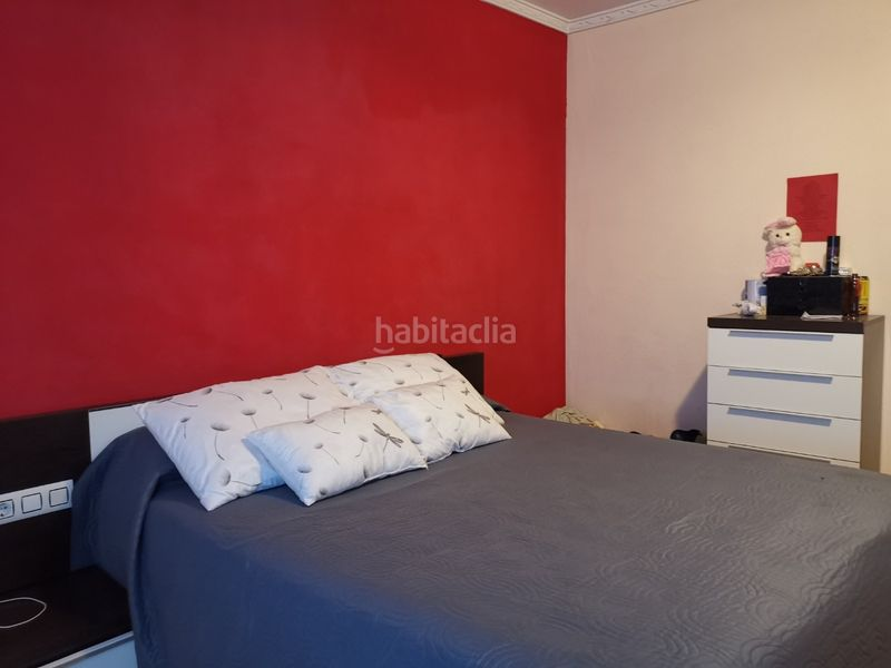 CHAMBRE. Apartment with heating in Centre Roses