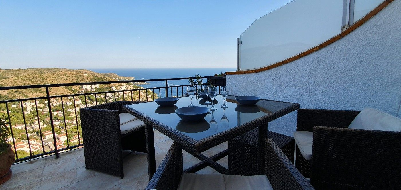 Apartment in Puig Rom-Canyelles-Almadrava. Exceptionnel a canyelles