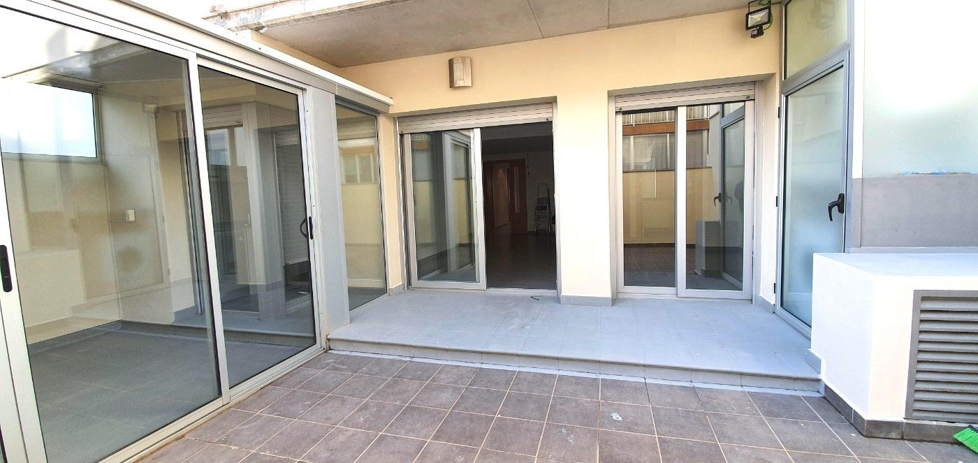 Appartement in Centre. Terrasse 40m2 , de plain pied