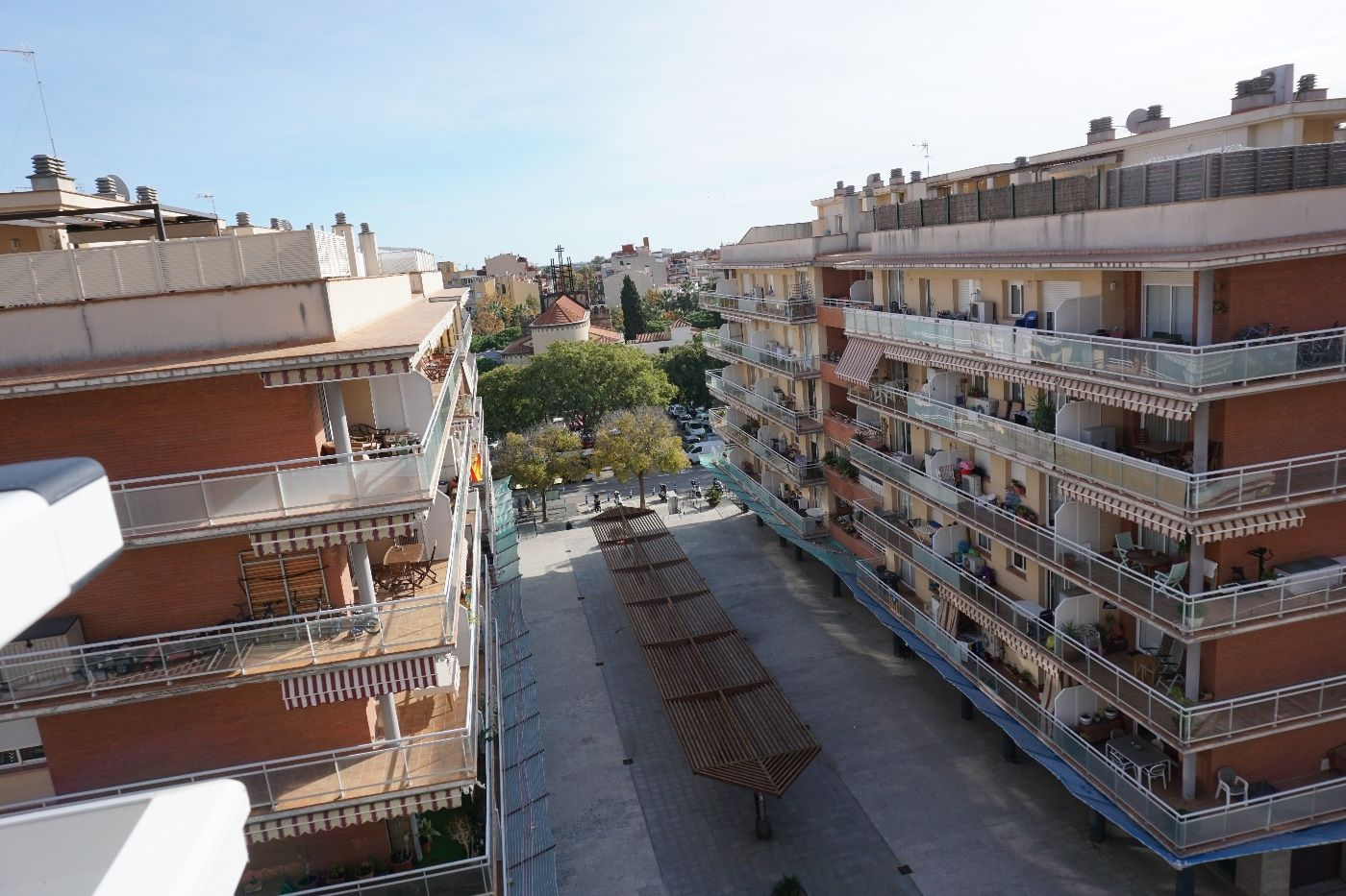 Location Appartement  Avda josep tarradellas. En perfecto estado