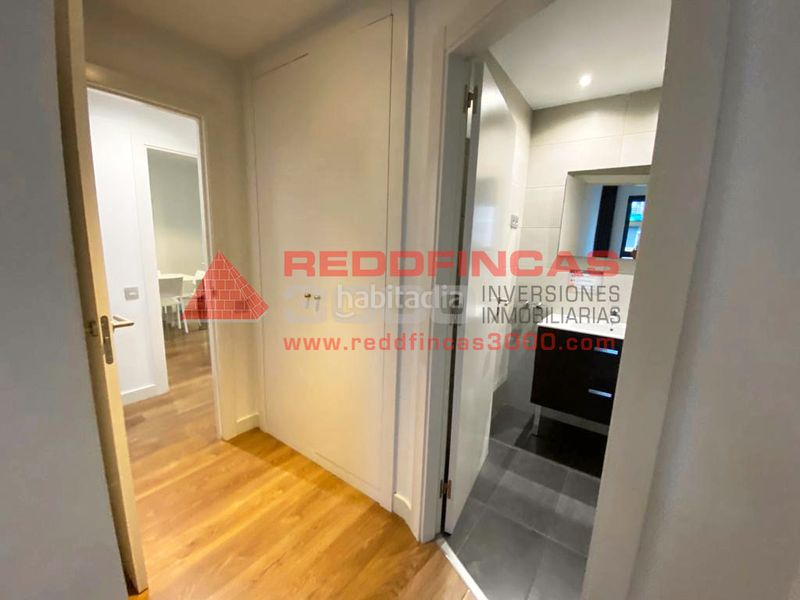 Pasillo. Holiday lettings apartment with heating pool in Sagrada Família Barcelona