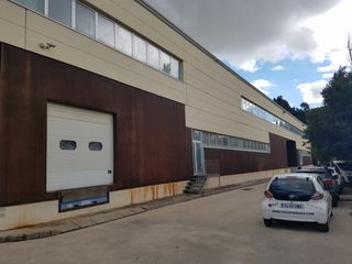 Capannone industriale in Can Roqueta. Nave industrial de 1270 m2