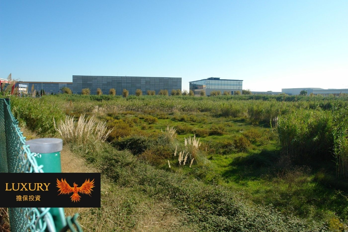 Solar industrial en Sant Cosme-La Granja. Excelente ubicación a 4 calles