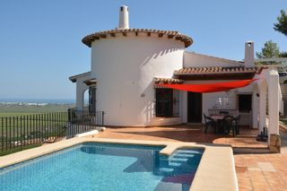 Chalet in Calle Tulipanes, 2