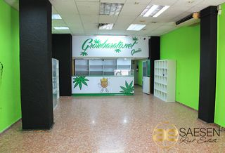 Location Local commercial  Zona hospital viejo. Local comercial en gandia