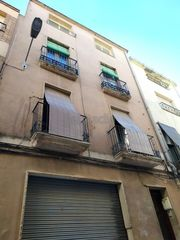 Casa en Carrer major, 99. Ideal para invertir