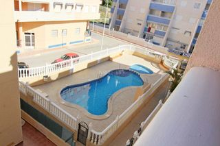 Appartement in Ondara. Tercero con 2 habitaciones, ascensor, parking, piscina comunitar