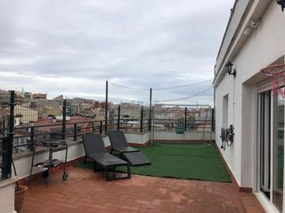 Rent Penthouse in Pere parres. Espectacular ático amueblado!
