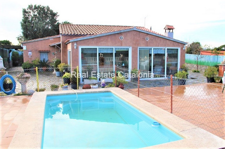 Casa  Urb. nord. Casa soleada con piscina