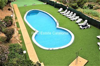 Apartamento en Avinguda doctor fleming, 60. Apartamento con piscina y jardín