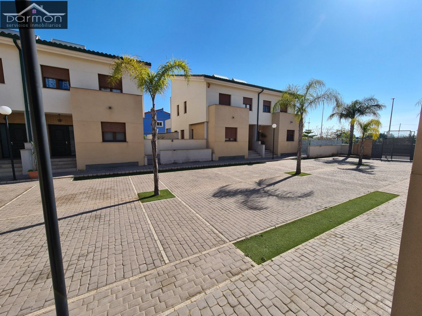 Semi detached house in Urbanizaciones-Santa Anna-Las Estrellas