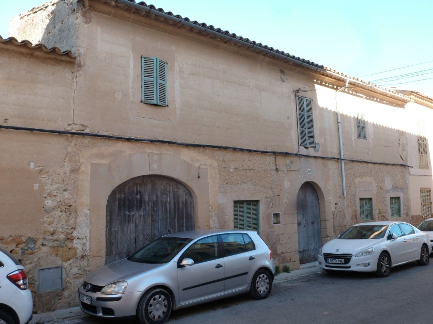 House in Carrer d'en frau 17. Casa con 4 habitaciones con parking