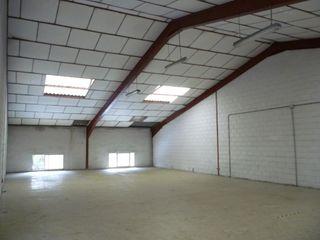 Miete Fabrikhalle en Ensanche. Nave industrial