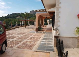 Chalet in Estivella. Se vende espectacular chalet