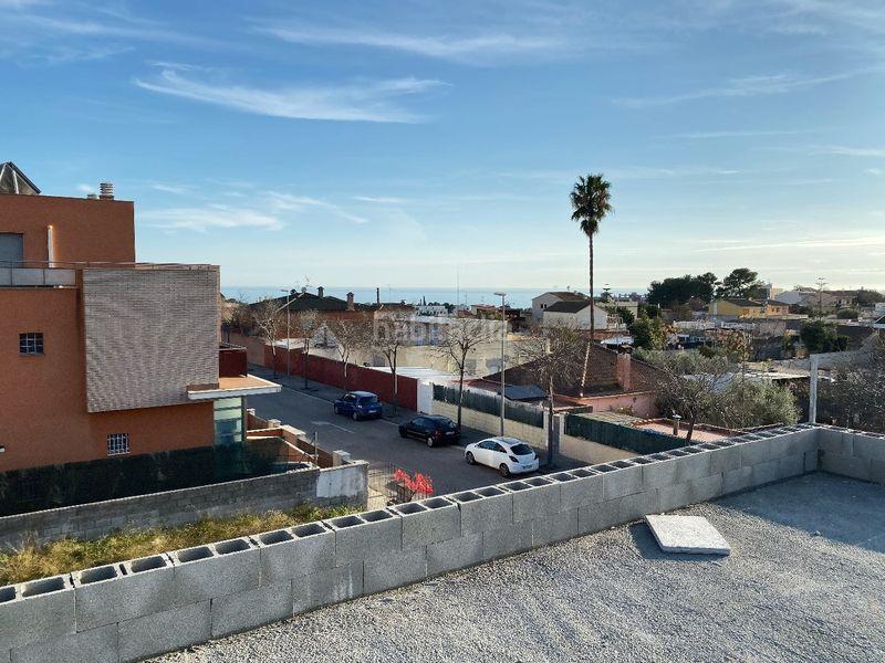 Carrer Garbell, 28 Casas unifamiliares Vilanova i la Geltrú