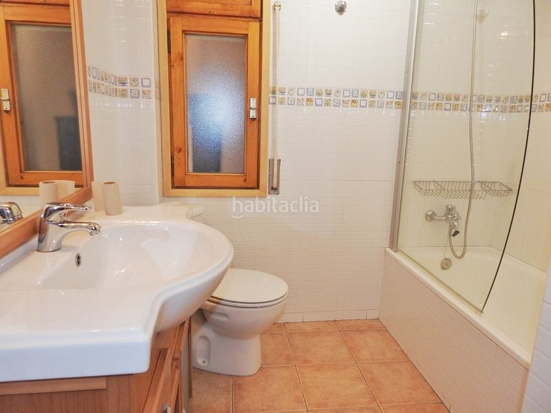 Bany. Apartment with fireplace heating parking in Bellver de Cerdanya