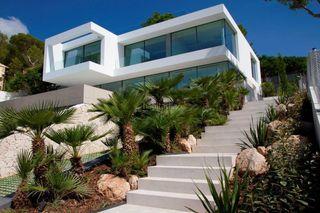 Haus in Costa d´en Blanes. Fantástica villa por encima de puerto portals