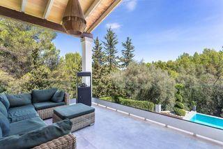 Casa en Esporles. Bonita villa incrustada en la naturaleza cerca de esporles