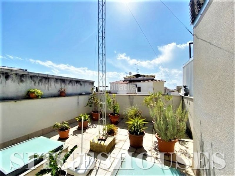 azotea privada 30m2. Flat with heating in Centre Sitges