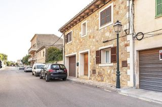 Semi detached house in Maria de la Salut