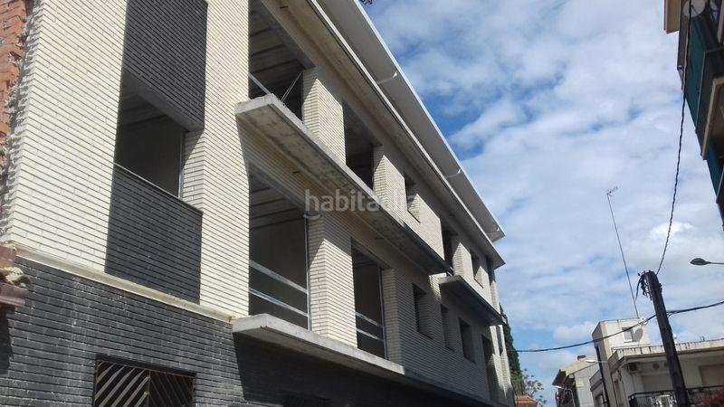 Carrer Abat Escarre Edificio viviendas Rubí