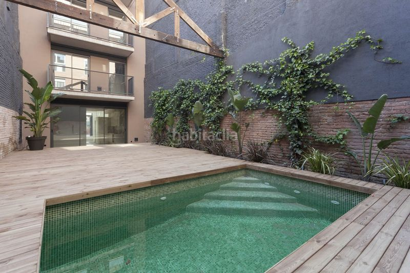 Piscina privada bajos-dúplex. Appartement 148m<sup>2</sup> in carrer sant joan de malta in Provençals del Poblenou Barcelona