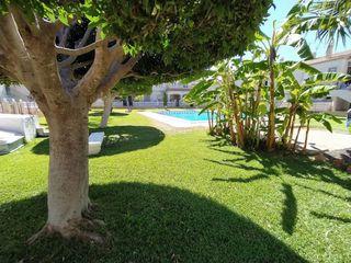 Casa en Nueva Torrevieja-Aguas Nuevas. Bungalow en torrevieja