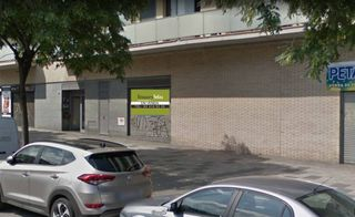 Business premise in Passeig santa coloma, 37. Local de 275 m2 a estrenar